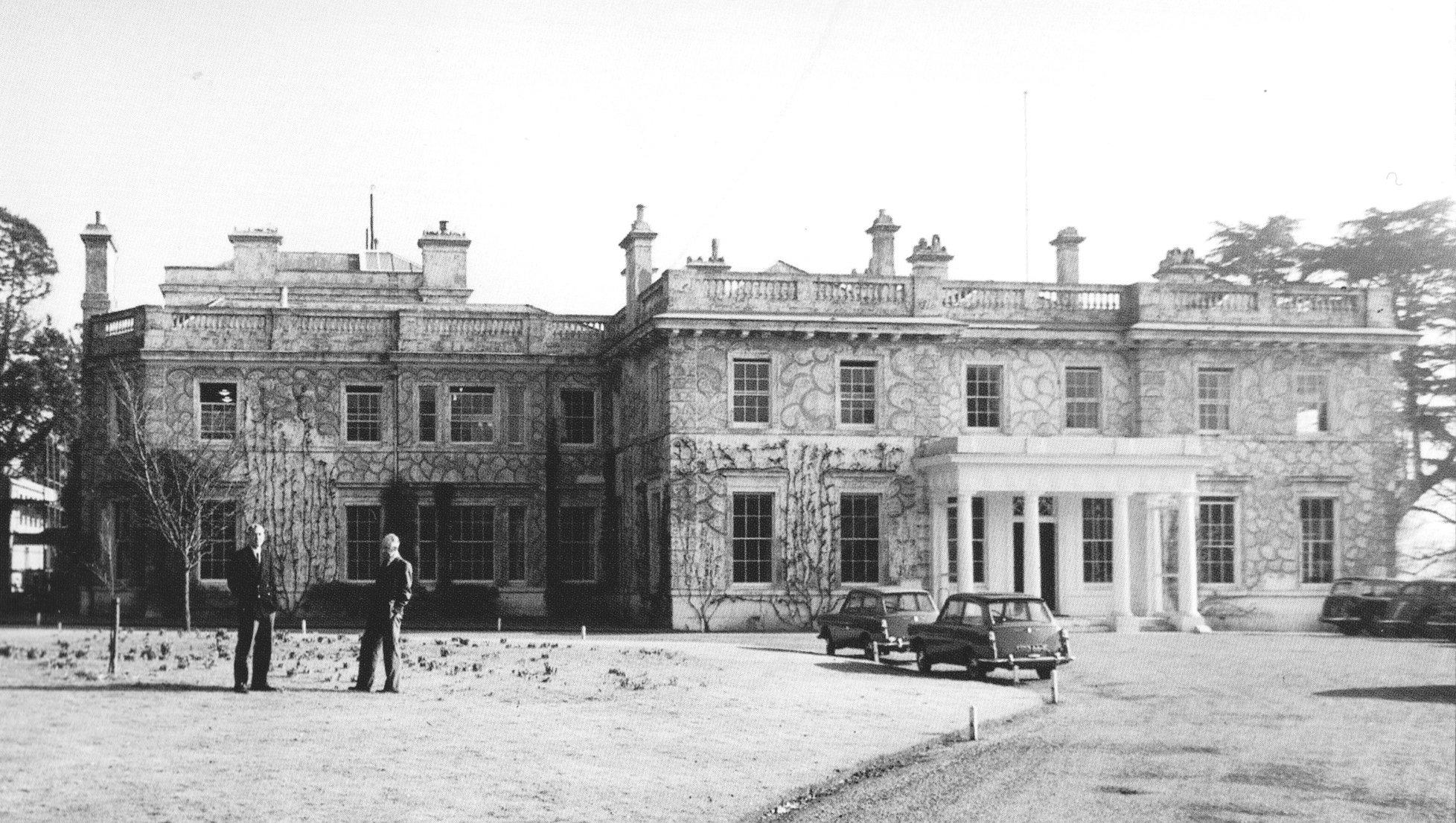 Henley history_04